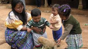Pequenos maias guatemaltecos