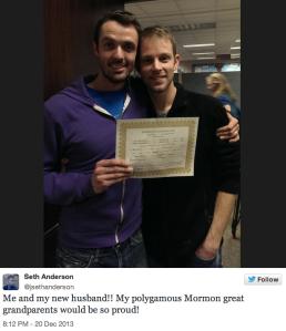 @JSethAnderson escreve: Eu e meu novo marido. Meus bisavós Mórmons polígamos ficariam tão orgulhosos!