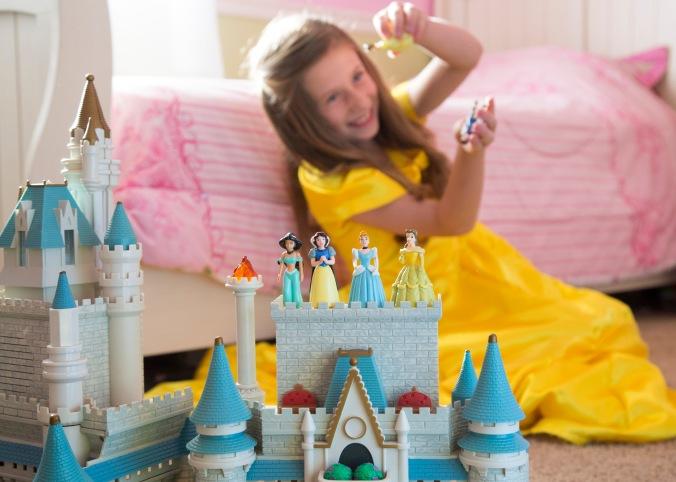 1606-03 067 Sarah Coyne(Family Life)  Disney princess culture influence June 3, 2016 Imagem: Mark A. Philbrick|BYU Photo 2016