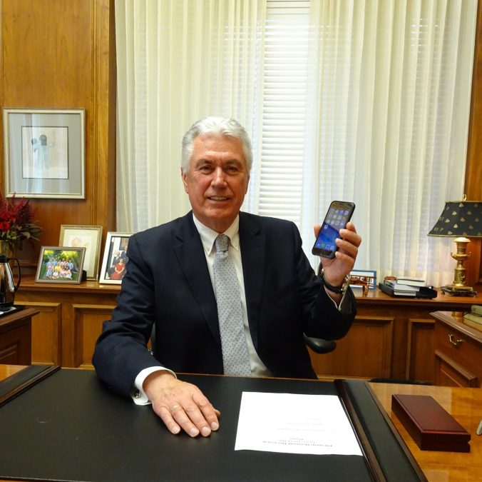 Uchtdorf iPhone